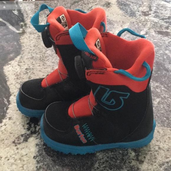 ce7780cc4337 Burton Shoes | Youth Grom Boa Snowboard Boots | Poshmark